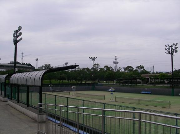 宮崎市生目の杜運動公園テニスコート夜間照明設置工事
